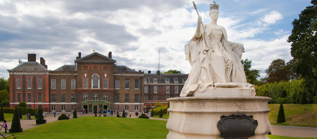 Queen Victoria's birthday and the cholera pandemic of the mid-1800s