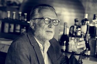 Geriatric drinkers: Evaluation and treatment for alcohol overuse