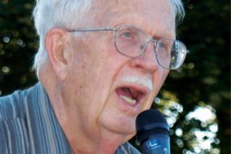 Dr William Sterling Haynes