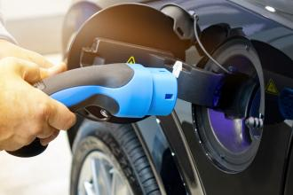 Refuelling an electric car
