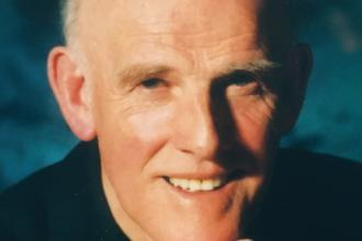Dr George R. Gray