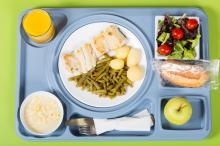 A hospital meal tray